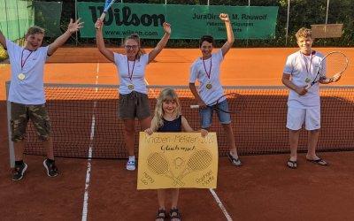 Titel für Tennis Knaben und Damen